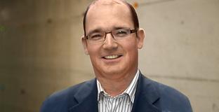 Dr. Peter Manser